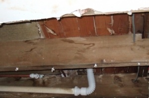 Water damaged joist requiring minor joist repairs